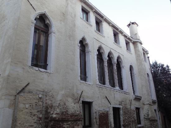 Hotel Ca' Zusto Venezia: Exterior del edificio