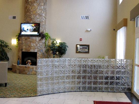 Comfort Suites Gettysburg: The lobby