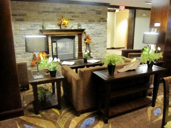 Holiday Inn Express Washington Court House: Sitting area