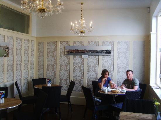 The Custom House: Old Custom Coffee House