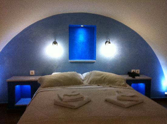 Amerisa Suites: The lodge