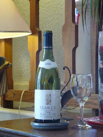 Hostellerie de la Poste : Très bon vin rouge