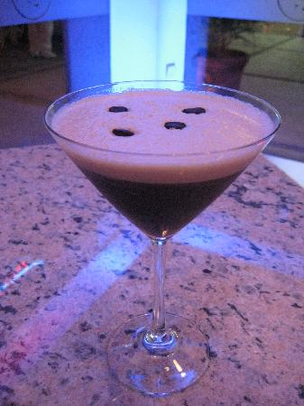 SOCIAL Cafe Lounge: Espresso Martini