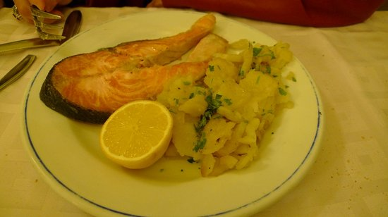 Casa Lastra: salmon