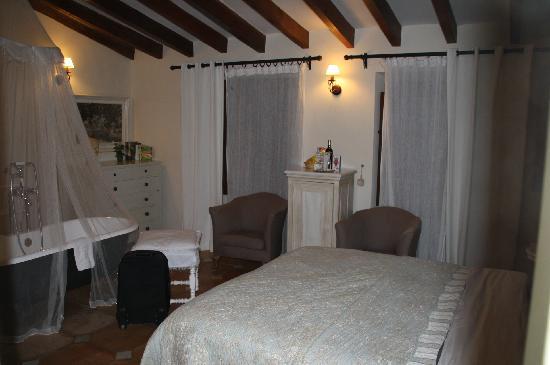 Ca'n Isabel: romantic room