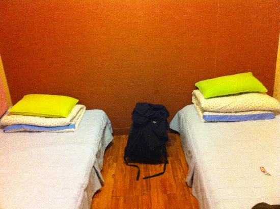 Open Guest House : Twin room
