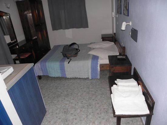 Roula Villa: double room