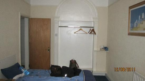 Parkway Guesthouse: more 2 bed room