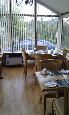 Sunnybank Bed and Breakfast: breakfast room