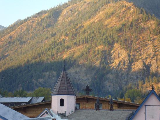 Obertal Inn: sunrise from our balcony