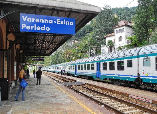Albergo del Sole: The train station.