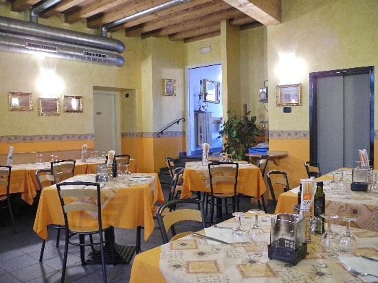 Albergo del Sole: The restaurant below the ground floor