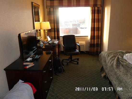 Red Roof Inn Hartford - New Britain: Good sized room