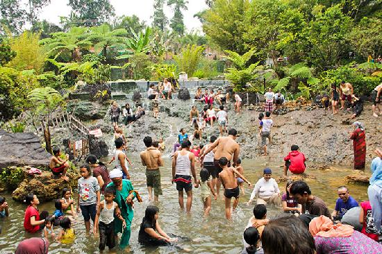 Ciater Hot Spring : one of many pools