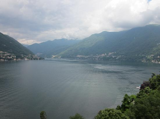 Hotel Ristorante G.L.A.V.J.C.: The view down Lake Como