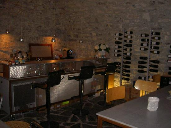 Tornoalago : Best wine bar selection in Torno