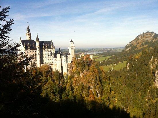 Big Hat Tours: Neuschwanstein Castle