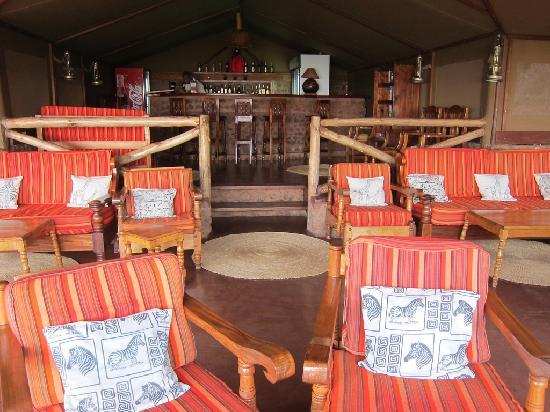 Kirurumu Tarangire Lodge: Another shot of the bar