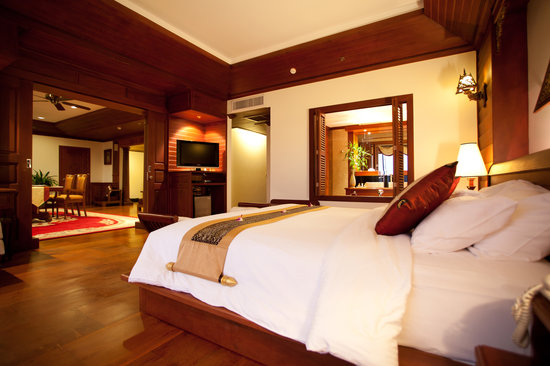 The Privilege Floor by BOREI ANGKOR: Royal Suite