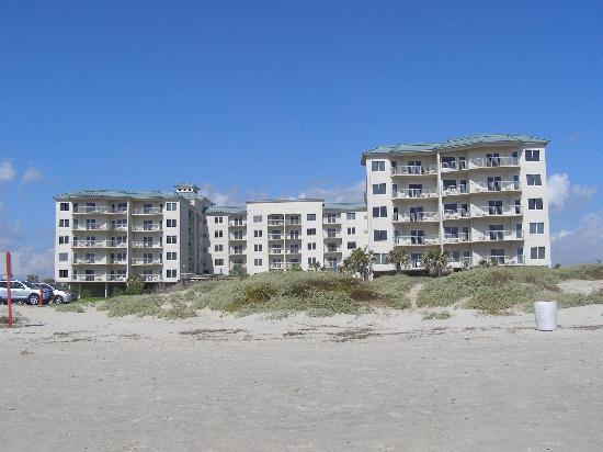 Holiday Inn Club Vacations Galveston Beach Resort: View of Escapes from the beach