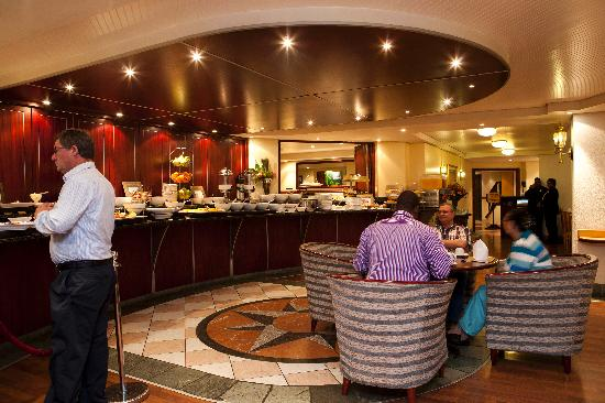 City Lodge Hotel V&A Waterfront: Breakfast buffet