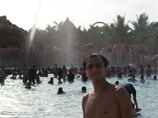 วอเทอร์ คิงดอม: Wave Pool