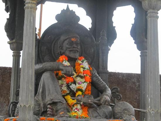 Capital of Great Cha. Shivaji Maharaj - Review of Raigad Fort