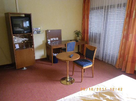 Rega Hotel Stuttgart: Room 408