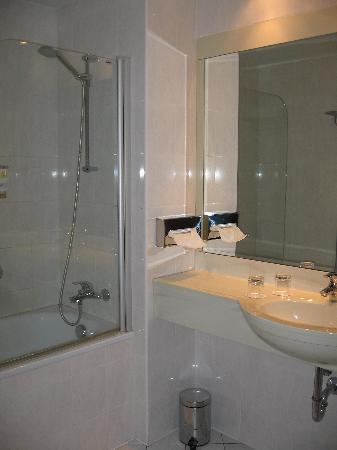 Hotel Coronet : salles de bains
