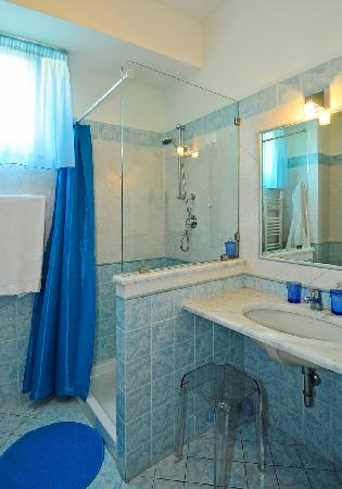 Ai Cipressi Bed & Breakfast: bathroom