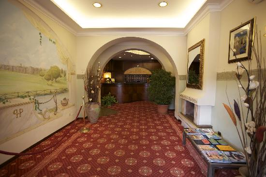 Hotel Parco dei Principi: Reception