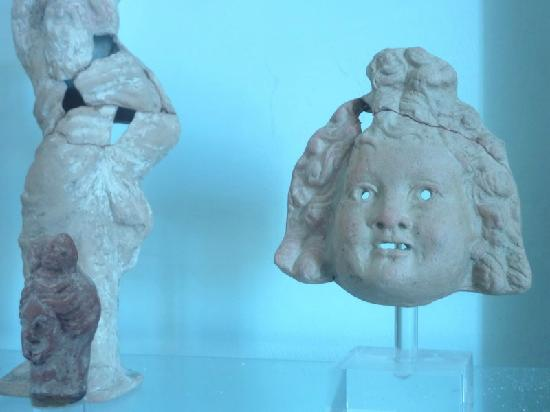Naxos by, Hellas: Naxos - Archaeological Museum