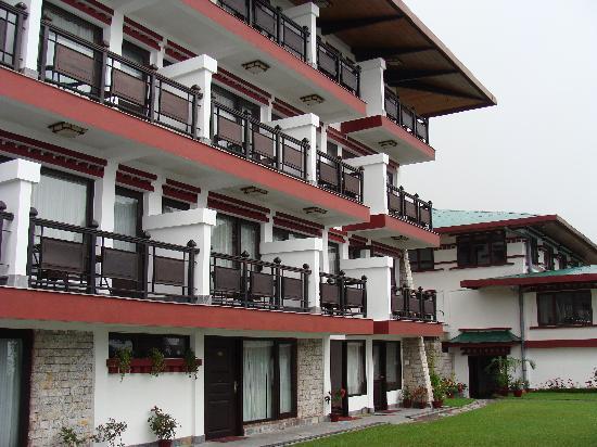 WelcomHeritage Denzong Regency: Hotel Exterior