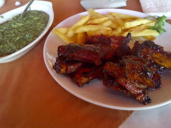 The Metropolis Lounge and Grill: beef ribs