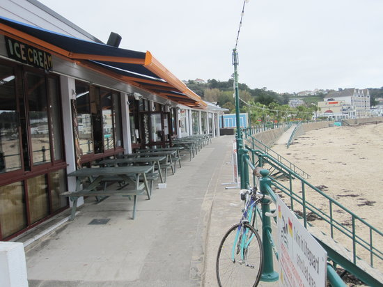 Jersey Crab Shack: Beach side location