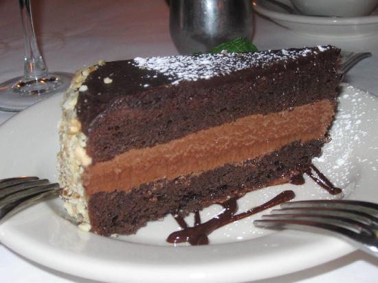 Bistro Le Steak: Flourless chocolate cake