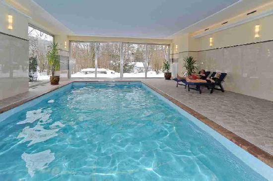 Stoll's Hotel Alpina: Innenschwimmbad
