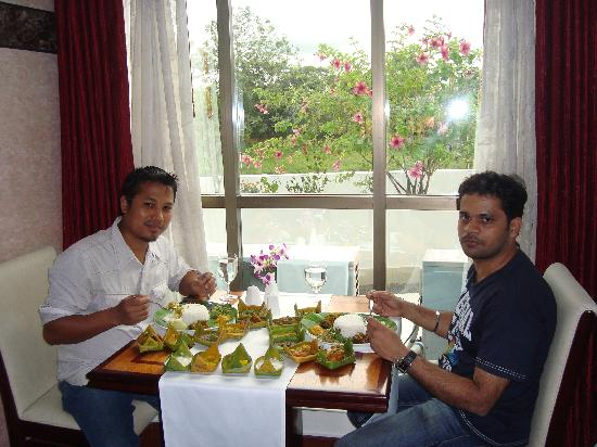 The Classic Hotel: Restaurant: serving Manipuri traditional food