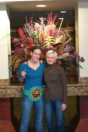 Chateau Nova Kingsway: в холле отеля с чемпионкой по боксу