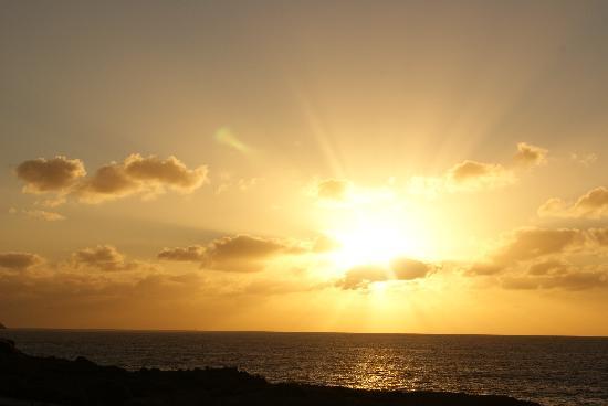 Aguamarina Golf Apartments: Sunrise 8am