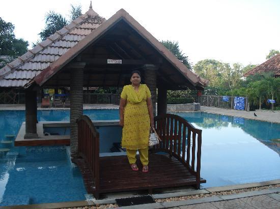 Swimming Pool Picture Of Poovar Island Resort Puvar Tripadvisor