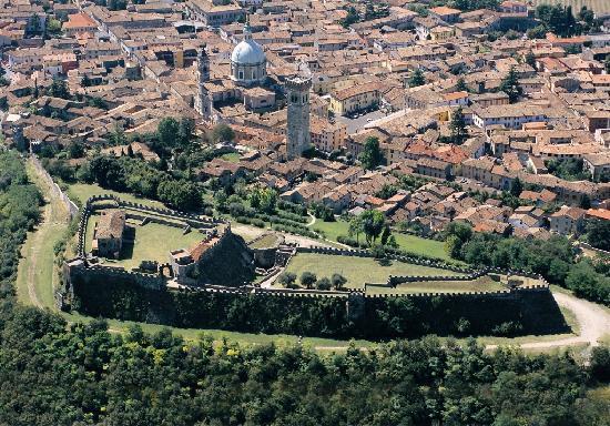 Fondazione Ugo Da Como: La Rocca visconteo veneta