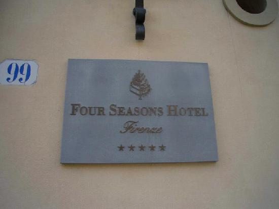 Four Seasons Hotel Firenze: Front