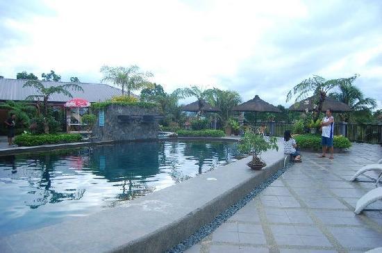 La Vista Highlands Mountain Resort Paradise : pool