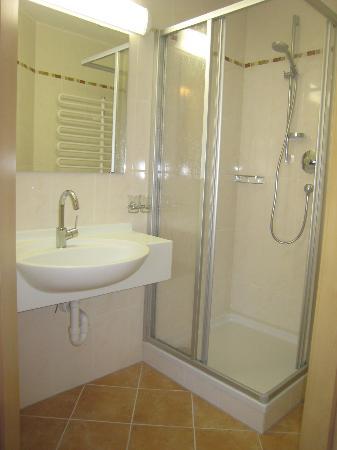Apartments Herold: Beispiel Badezimmer/Example Bathroom