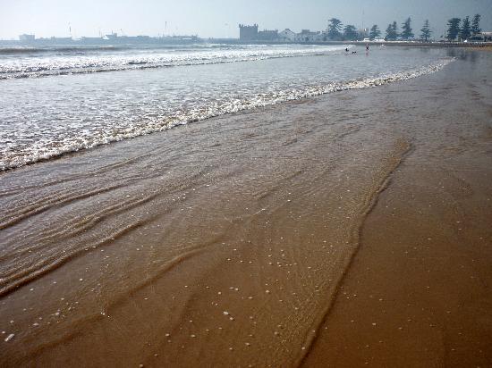 Essaouira Beach: La mer...