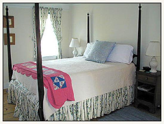 Cobblestone Inn: Double room