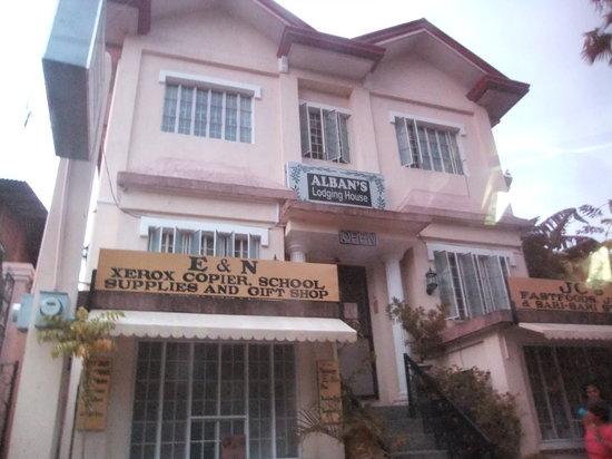 Agoo, Филиппины: Front view of lodging house