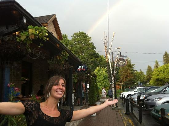 Chelsea Pub: Rainbow at the Pub.
