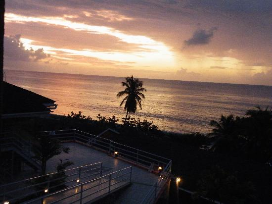 Black Rock, Tobago: The sunset take from our balcony